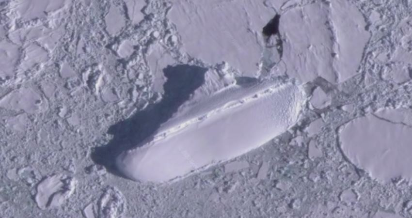 古代文明遺跡? Google Earth上發現「神秘南極冰船」 謎團重重引網友猜測:應該是「方舟」吧