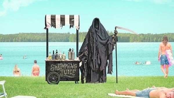 美封城卻開放海灘! 律師預告要「扮成死神」警告將上天堂曬日光浴