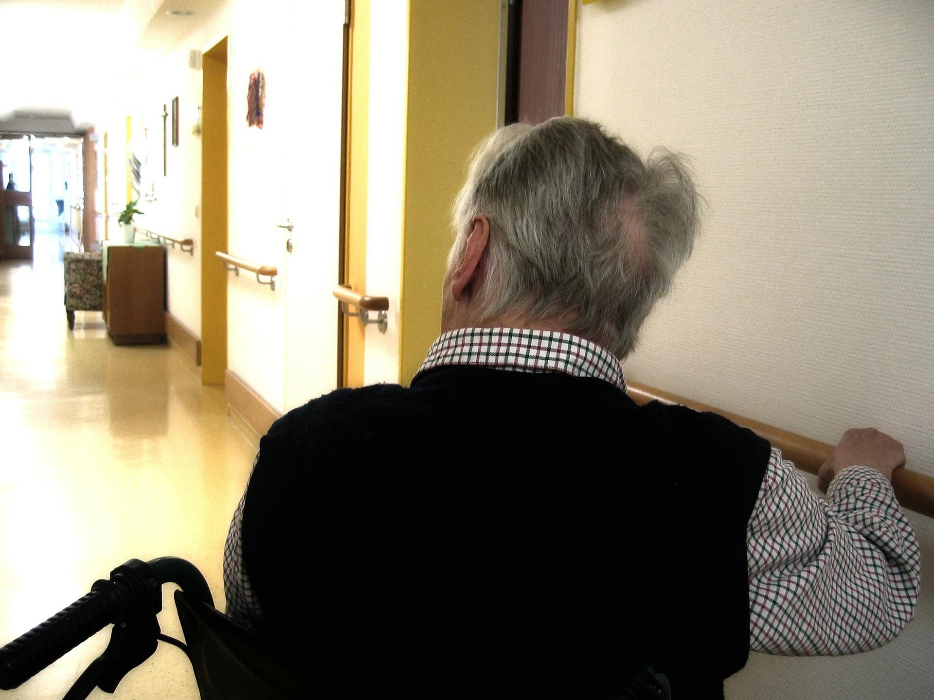 ▲▼ 養老院,照護之家,老人,輪椅。(圖/取自免費圖庫pixabay)