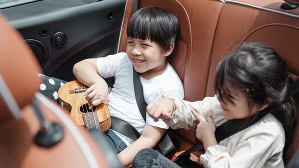 偷走車發現車上有小孩 偷車賊「開回去大罵媽媽」:不負責任!