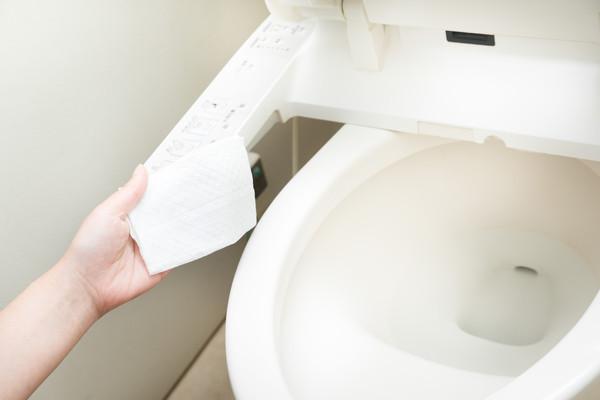 大完號從不擦!胎哥男堅持「纖維吃很多」省衛生紙嚇瘋女友