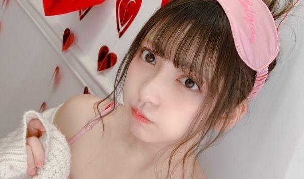 【水水】21 歲美少女,「十味」臉蛋超甜萌!