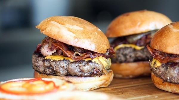 漢堡王叫顧客「去麥當勞吃吧」!不是反向操作,背後原因超感人