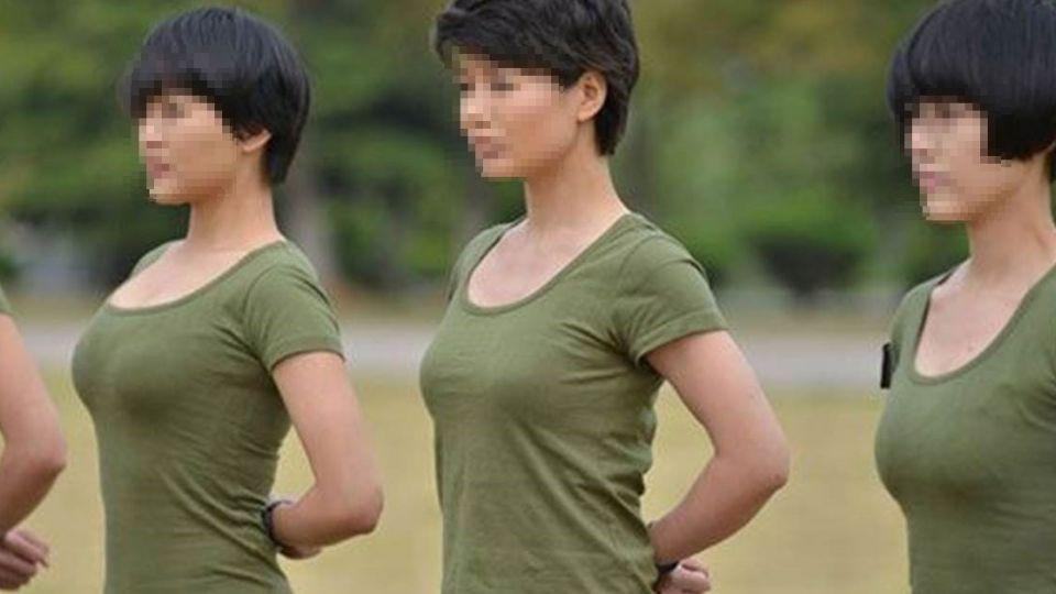 當兵交到超正女軍官,有次%%到一半時...卻說出「真心話」讓他從頭皮綠到腳趾