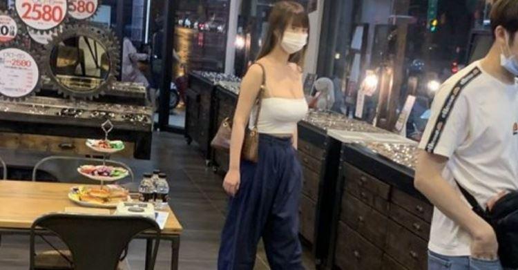夏天94讚!網友眼鏡店巧遇超敢穿女客人 神出IG狂讚:太極品❤