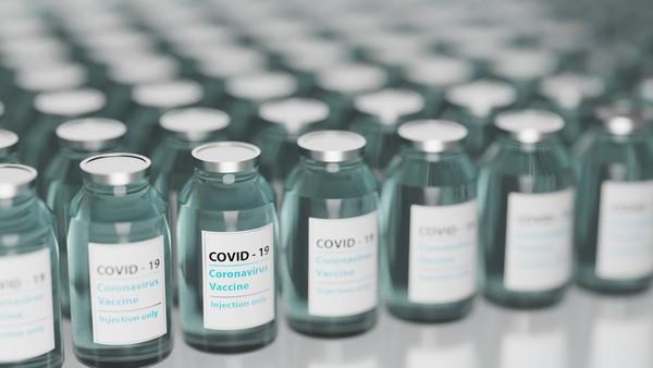 拔診所冰箱插頭充手機「害1000劑疫苗報廢」 罪魁禍首查出是清潔人員