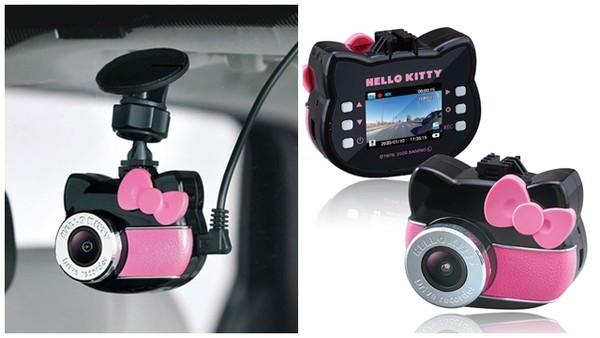 超可愛!少女風「Kitty行車記錄器」 內建凱蒂貓語音:小心開車唷❤