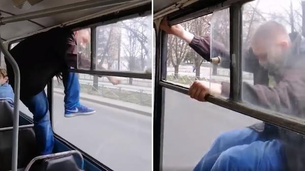 想搭霸王車! 他遇查票「狗急跳窗卡20秒」落地怒比中指:啊我就沒錢