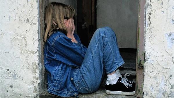「你怎不解決自己!」網友盤點9句童年最痛冷暴力:幹嘛生我