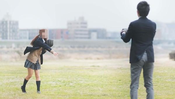 小六女童被要求「脫內衣打球」!日校讓男師目測檢查 家長崩潰:胸部早就發育了