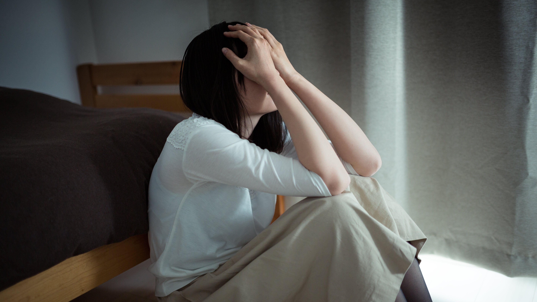 ▲憂鬱,悲傷,難過,懊惱,焦慮。(圖/取自免費圖庫Pakutaso)