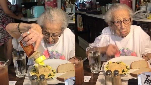 阿就沒味道!奶奶吃炒蛋「整碗大蒜粉」 Reddit鄉民笑傻:生嚼蒜片更香