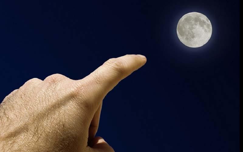 為什麼小時候總會被提醒「用手指月亮會被割耳朵喔」原來背後有很深的涵義阿!